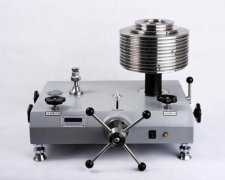 ZT6600全自动活塞式压力计